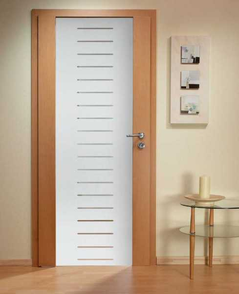 Solid Wood Hinged Door with Glass Insert HWDI-0010
